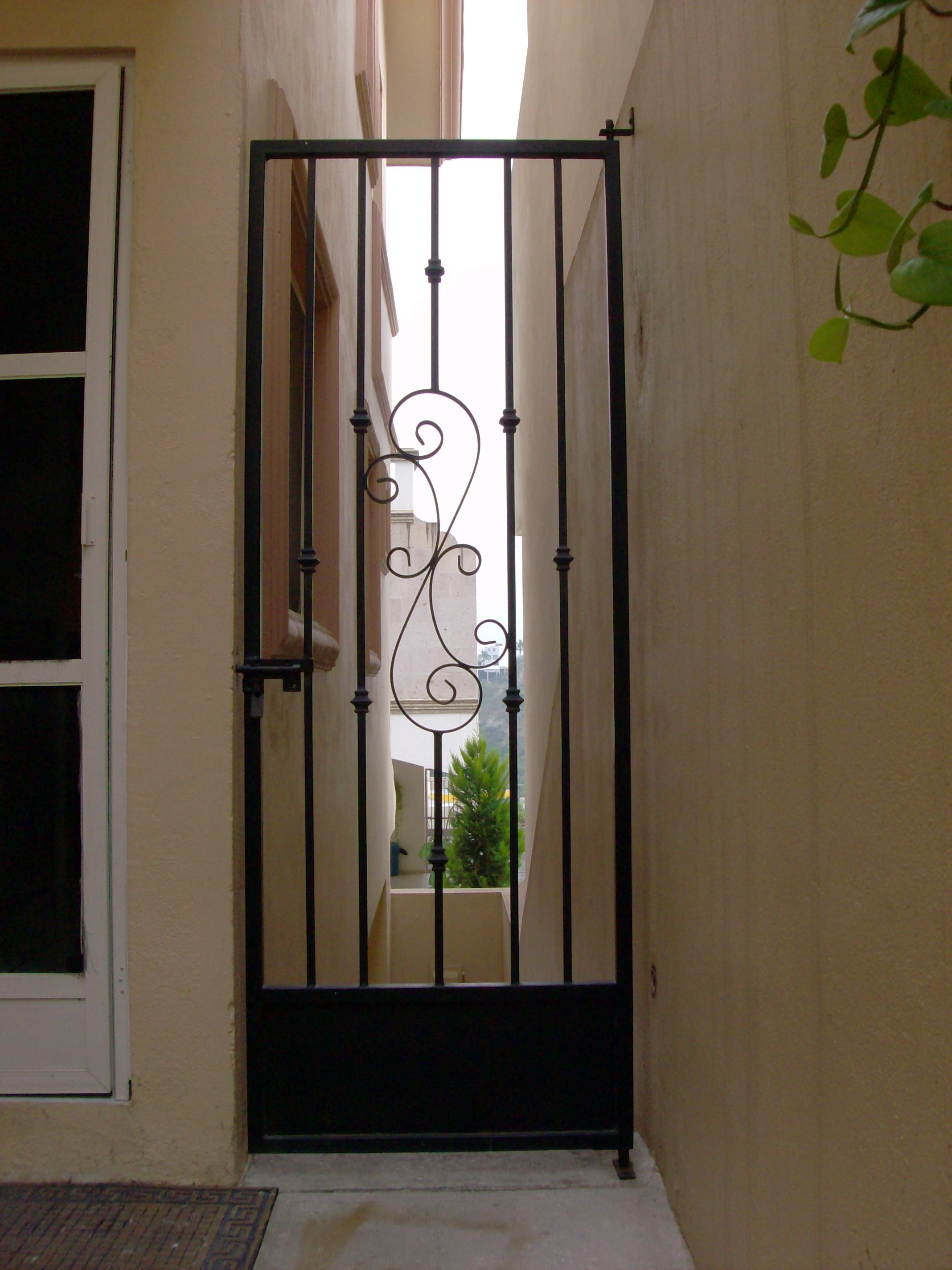 Puertas de hierro forjado para jardin beautiful - Puertas de hierro para jardin ...